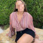 Jolie femme a Aix pour une echange courtois sur le tchat